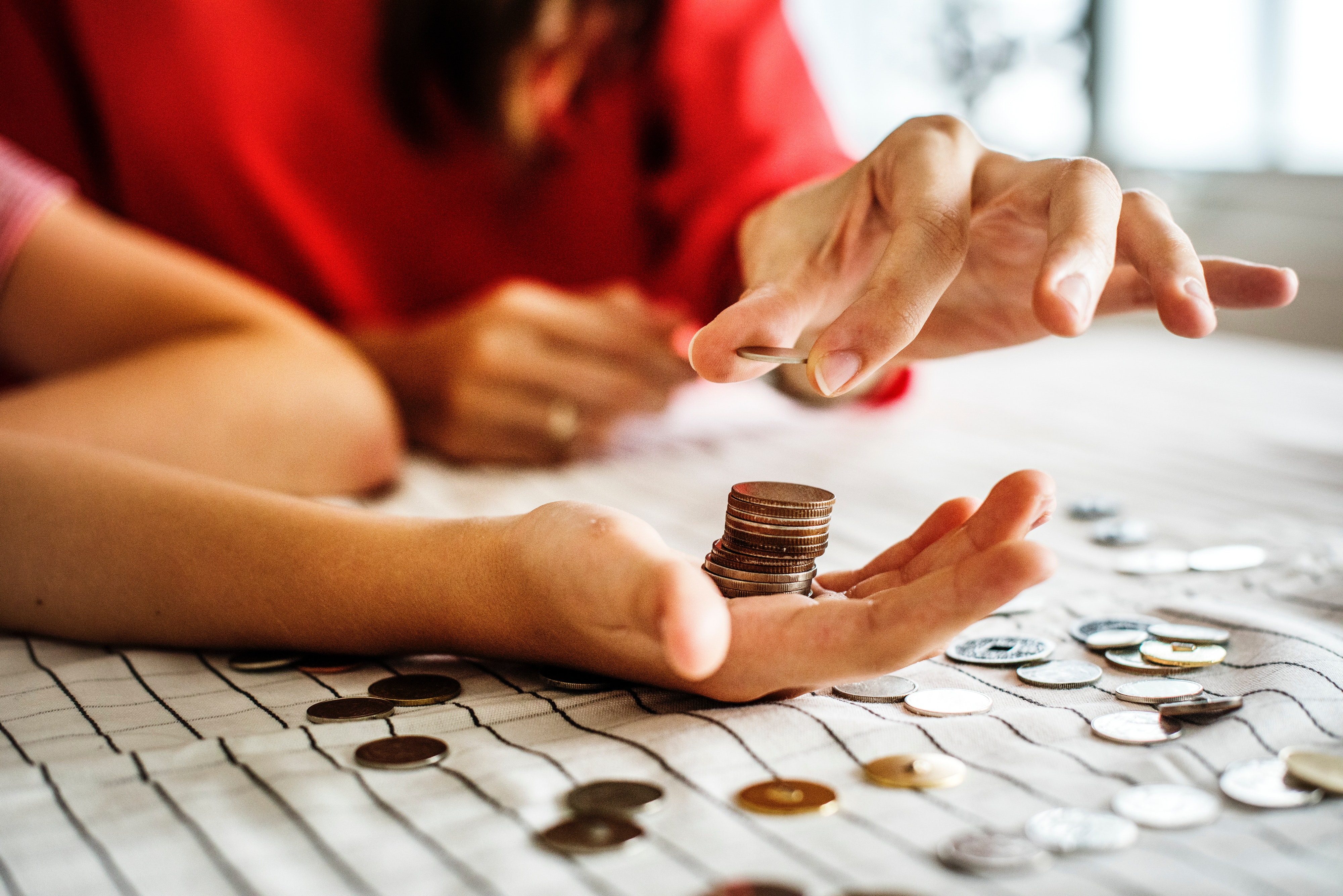 adult-banking-blur-1288483 (2)